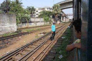 バングラデシュの電車